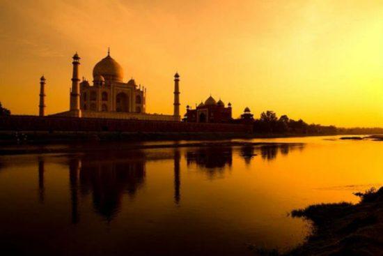 vé máy bay đi Ấn Độ giá rẻ